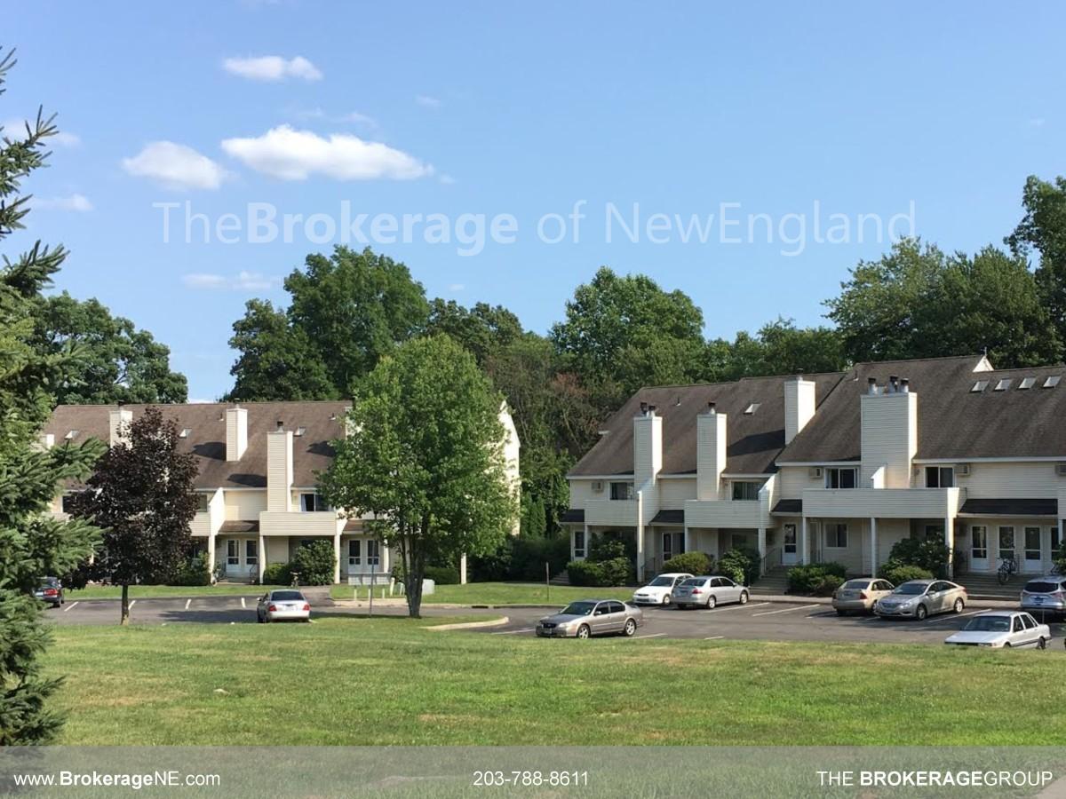 Townhouses Amp Condos Park Ridge Community In Danbury Ct